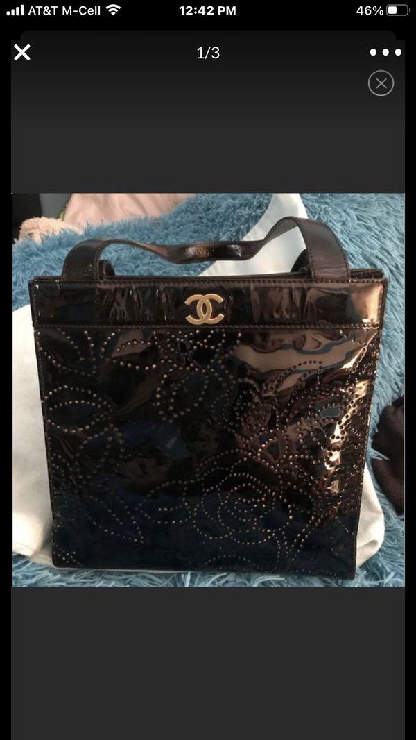 CHANEL black patent leather Camiella CC Tote bag