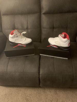 Fire red retro 5's size 8 for Sale in St. Peters, MO