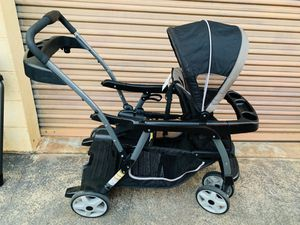 Graco sit and stand tandem double stroller. for Sale in Honolulu, HI
