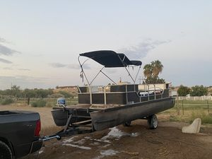 Pontoon boat for Sale in Las Vegas, NV