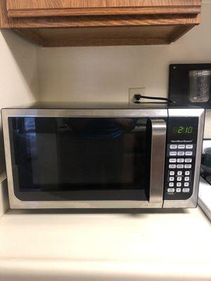 Hamilton beach microwave for Sale in Oceano, CA