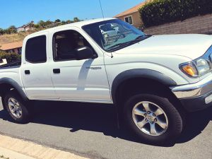 Sell Toyota Tacoma 2003 upgraded 7 speaker audio system. for Sale in Wichita, KS