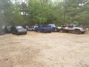 90s to 04 jeep chevy parts for Sale in Richmond, RI