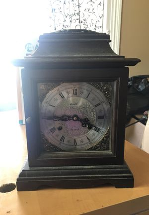 Clock for Sale in Hamshire, TX
