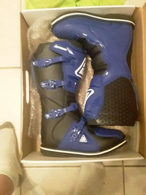 Motocross boots size 11 new in box answer racing for Sale in Carol City, FL