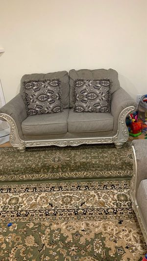 Love seat and couch ready for pickup. for Sale in Renton, WA