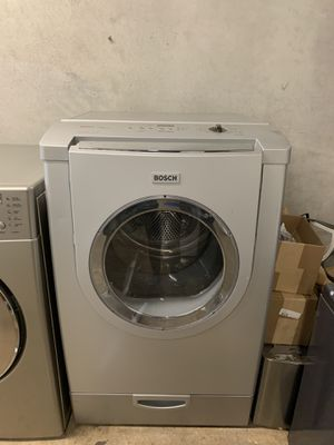 BOSCH ELECTRIC DRYER for Sale in Irving, TX