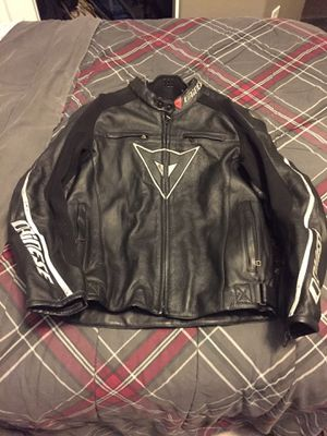 Dainese (not Alpine Stars ) jacket boots back protector for Sale in North Las Vegas, NV