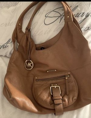AUTHENTIC MICHAEL KORS bag for Sale in Miami, FL