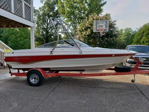 1998 Monterey 186,4.3 mere,ss prop,ed, mirror, tilt wheel, boat is 10, 7'10 beam, 2200 lbs price 9000.00 for Sale in Brentwood, TN