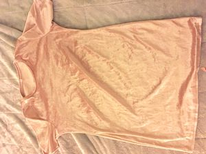 Pink velvet dress size xl for Sale in Arlington, VA