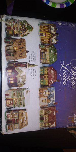 Dickens London 10 piece town scene collection for Sale in Clackamas, OR