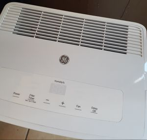 GE Dehumidifier (Like new) for Sale in Taunton, MA