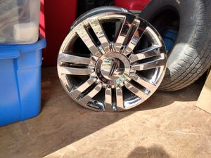 20inch chrome Lincoln rims for Sale in Randleman, NC