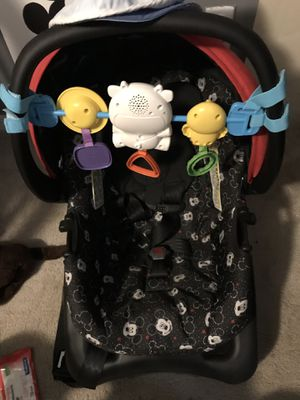 Infant car seat. Birth—22 lbs for Sale in Vero Beach, FL