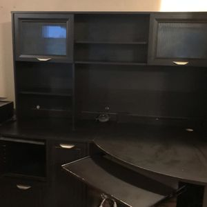 Corner desk with upper shelves and storage. for Sale in Vancouver, WA