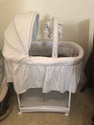 Simmons Kids Gliding Bassinet for Sale in UNIVERSITY PA, MD