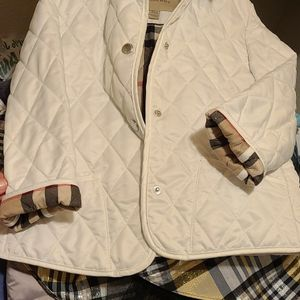 Burberry Children Kids Girls Size 6 6y for Sale in Duvall, WA