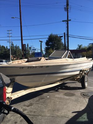 Free 1984 Bayliner Without Trailer for Sale in Visalia, CA