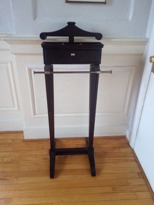 Bombay Company Gentleman's Valet for Sale in Portsmouth, VA