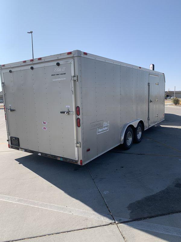 22 ft Hallmark Elite 11 Enclosed trailer