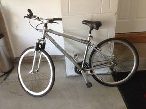 Men's Schwinn Bike for Sale in Rocky River, OH