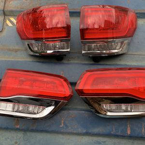 2014-2017 JEEP GRAND CHEROKEE LEFT RIGHT TAIL LIGHTS LAMPS for Sale in Compton, CA