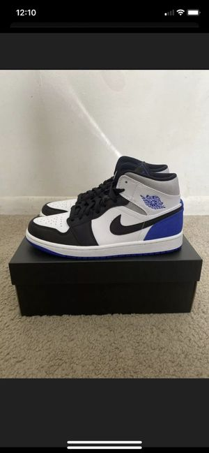 Jordan 1 mid blue royal for Sale in Ontario, CA