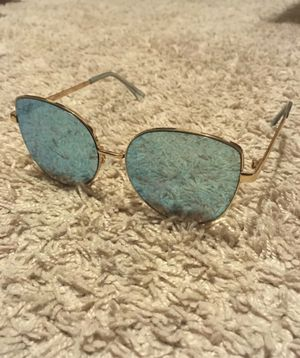 Pilot frame / aviator sunglasses for Sale in San Diego, CA