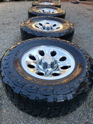 💰💲💸Chevy Silverado/Tahoe/Suburban/GMC rims and tires ...295/70/17 ALL MATCHING TOYO M/T OPEN COUNTY 10P.R for Sale in San Bernardino, CA
