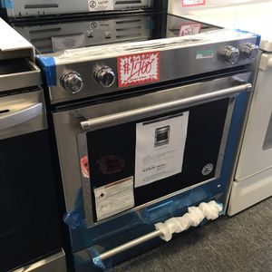 NEW SCRATCH AND DENT KITCHEN AID SLIDER-IN STAINLESS STEEL ELECTRIC WITH WARRANTY for Sale in Laurel, MD