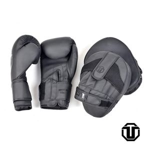 Boxing combo 16,18oz gloves for Sale in Harrison, NY