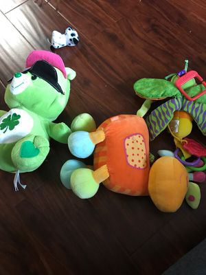 Baby stroller and plush toys for Sale in Orlando, FL