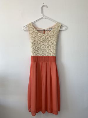 Salmon and white dress for Sale in Park City, UT