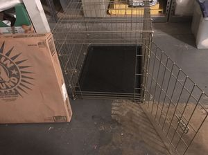 Bargain hound dog crate - for small dogs for Sale in Phoenix, AZ