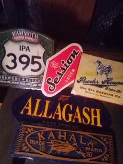 Lot Of 5 Tin Tacker Beer Signs for Sale in Sacramento, CA