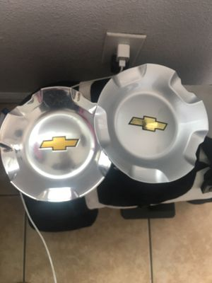 Chevy Tahoe Center caps / Tapaderas for Sale in Ontario, CA