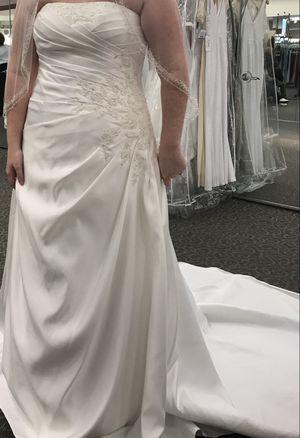 Wedding dress for Sale in Daphne, AL