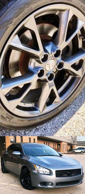 $1200 Nissan Maxima for Sale in Santa Ana, CA