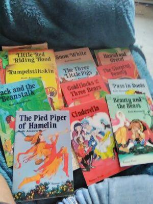 Vintage books for Sale in Oskaloosa, IA