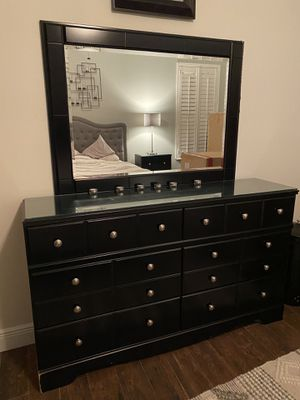 Black Dressers and Nightstands for Sale in Oldsmar, FL