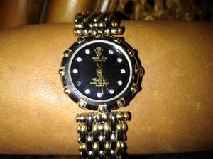 Ladies gold watch, diamond dial for Sale in TN, US