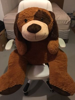 Giant stuffed animal dog for Sale in Waterford Township, MI