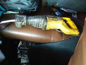 Corded dewalt saw zal for Sale in Portland, OR