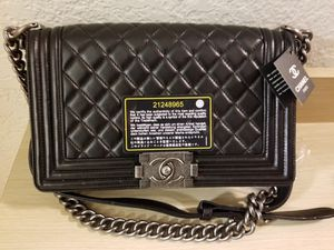 CHANEL Caviar Quilted Medium Boy Flap Black for Sale in Garden Grove, CA