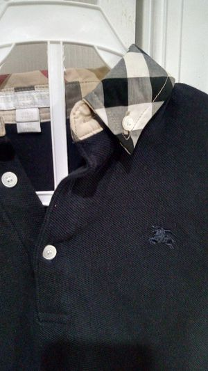 Burberry size 10youth dark blue short sleeve collar for Sale in Oxon Hill, MD