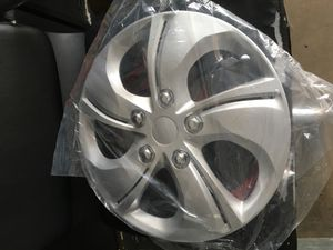 Hubcaps size 15 16 17 inches for Sale in Buena Park, CA
