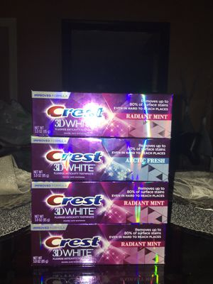 Crest toothpaste * no holds *no delivery for Sale in Fresno, CA