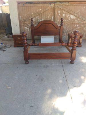 Queen size bedroom set for Sale in Fresno, CA
