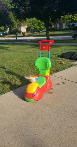 Chicco ride on toy for Sale in Aurora, IL